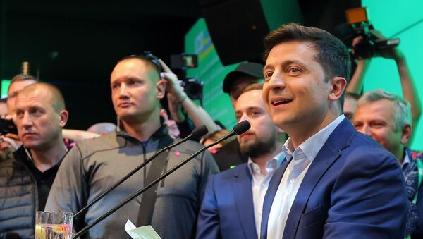 Владимир Зеленский после оглашения итогов выборов - Sputnik Грузия