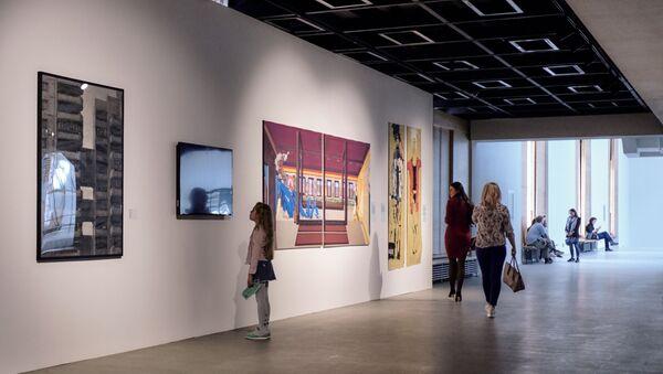 Выставка галереи «Триумф» в Санкт-Петербурге - Sputnik Грузия