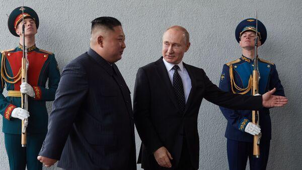 Совместная пресс-конференция Владимира Путина и Ким Чен Ына  - Sputnik Грузия
