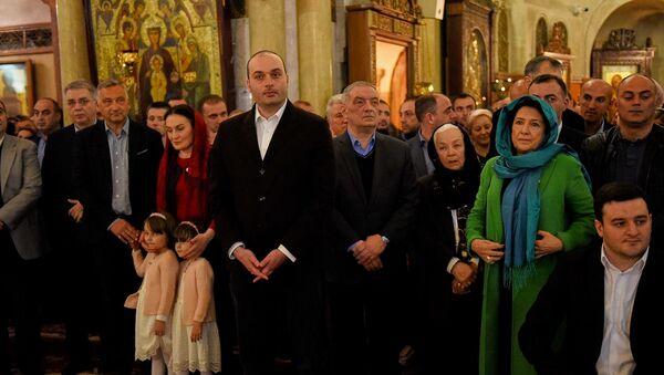 Представители руководства Грузии, в том числе Мамука Бахтадзе и Саломе Зурабишвили, на пасхальной службе - Sputnik Грузия