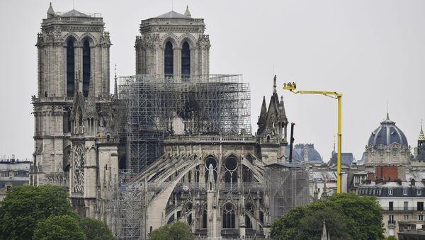 Последствия пожара в соборе Парижской Богоматери - Sputnik Грузия