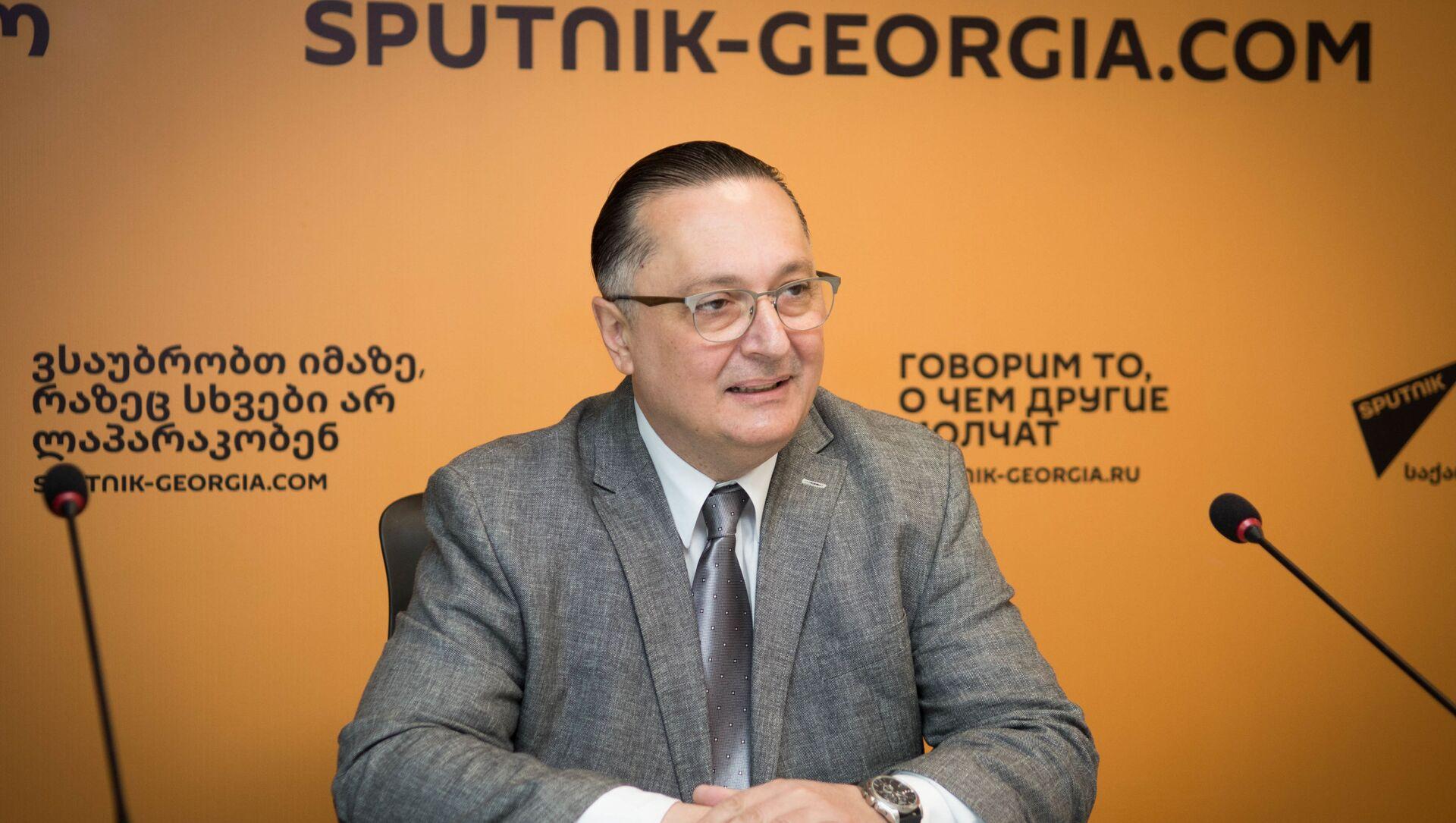Арно Хидирбегишвили - Sputnik Грузия, 1920, 02.04.2021