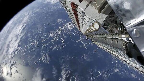 Спутники Starlink компании SpaceX - Sputnik Грузия