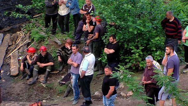 Шахта в Ткибули, где произошел обвал - Sputnik Грузия
