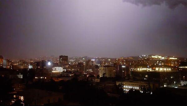 როგორ გამოიყურებოდა თბილისის ცა ძლიერი წვიმის დროს - Sputnik საქართველო