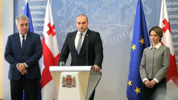 Давид Сергеенко, Мамука Бахтадзе и Екатерина Тикарадзе - Sputnik Грузия