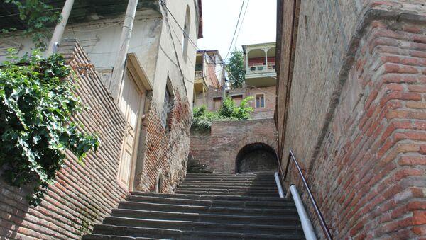 Весь Вифлеемский квартал состоит из лестниц и узких улочек - Sputnik Грузия