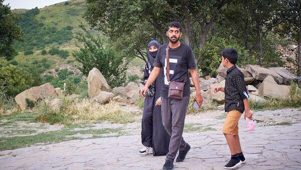 Туристы с Ближнего Востока - Sputnik Грузия