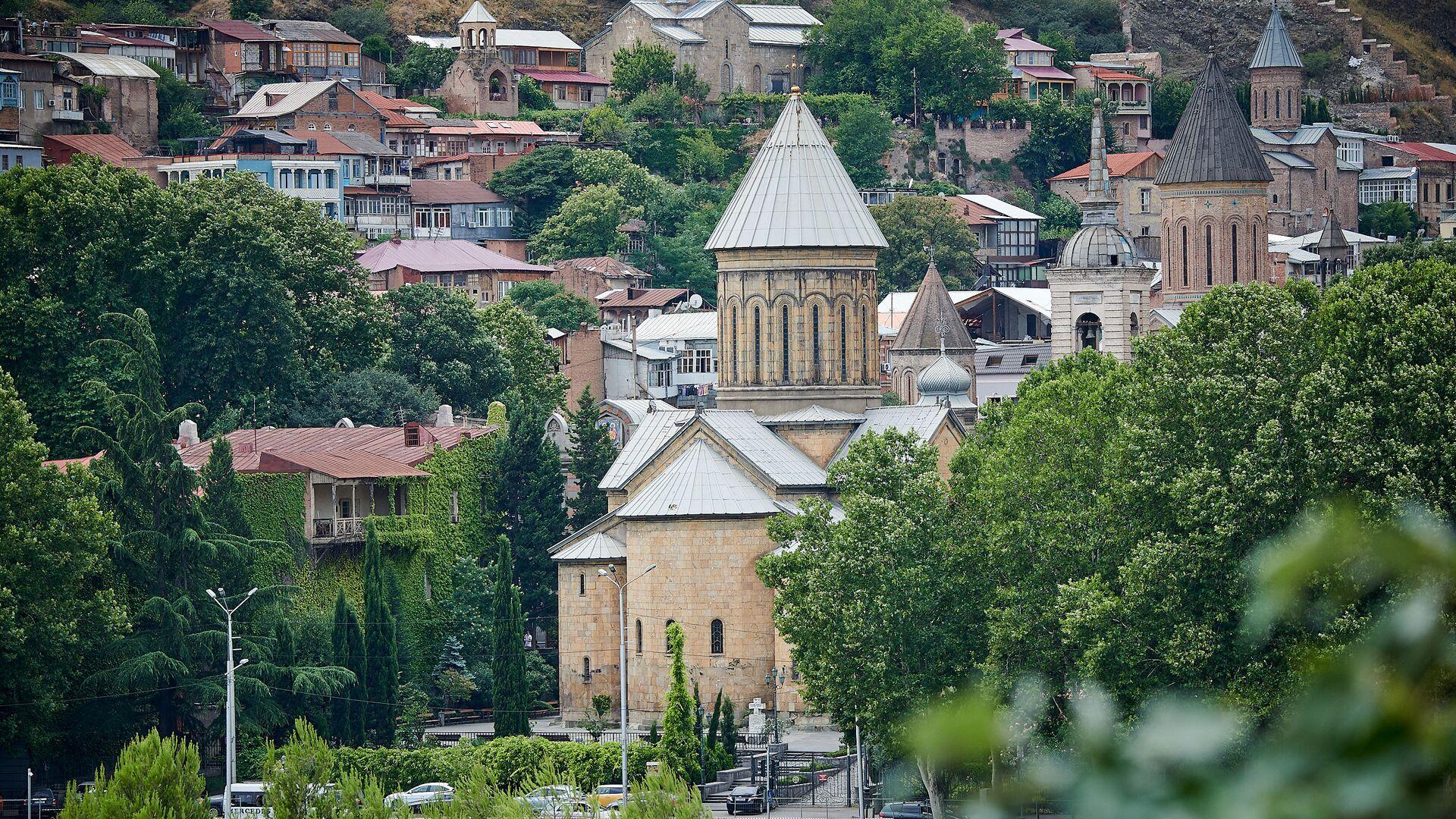 Кафедральный собор Сиони в старом Тбилиси - Sputnik Грузия, 1920, 06.10.2021