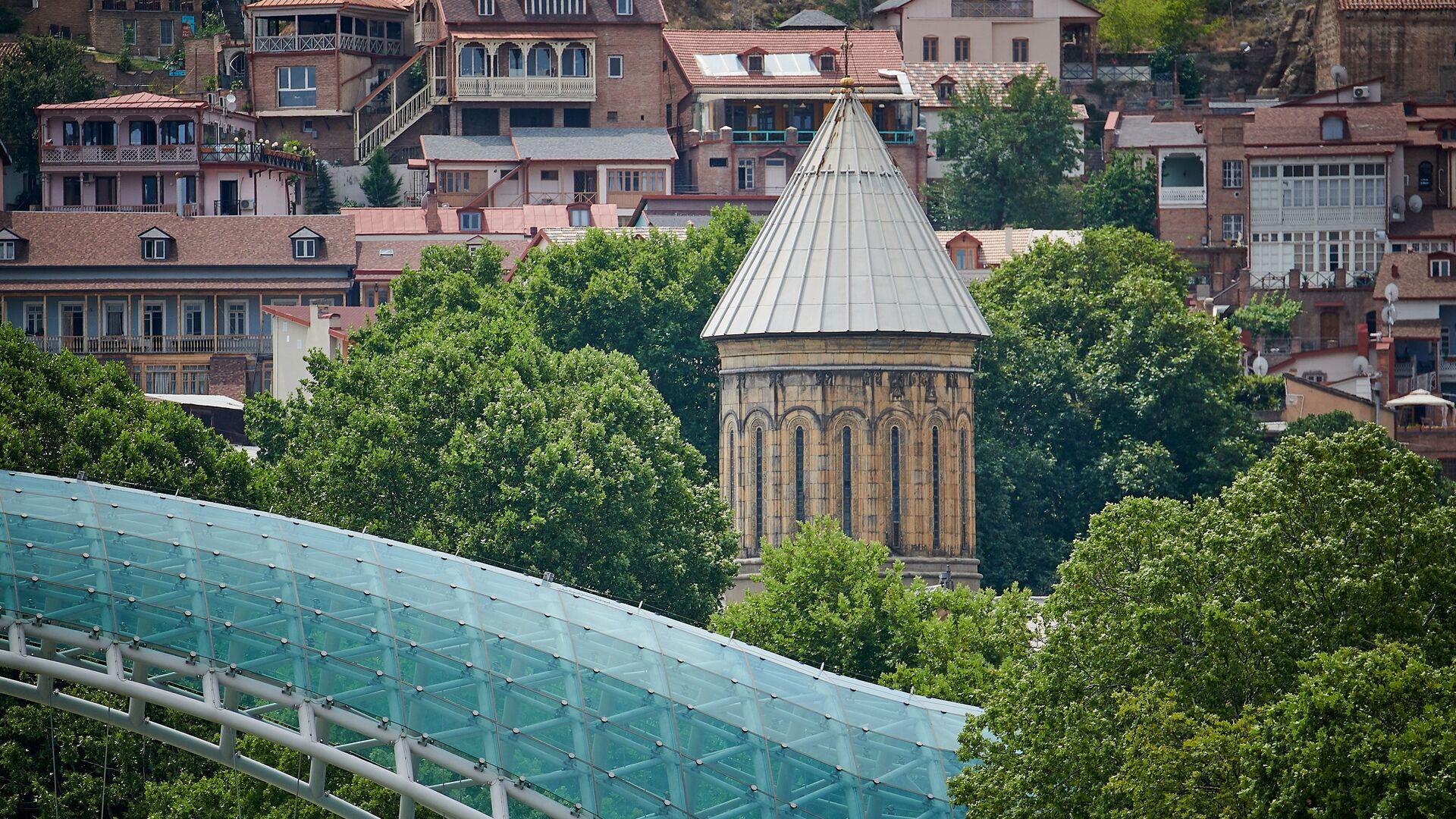 Кафедральный собор Сиони в центре Тбилиси - Sputnik Грузия, 1920, 20.09.2021
