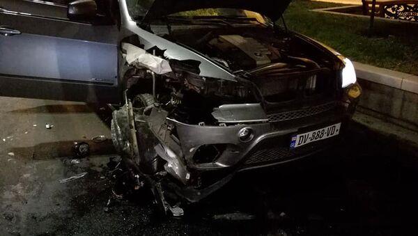 Крупная авария в центре столицы Грузии - видео очевидца - Sputnik Грузия