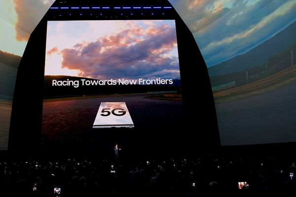 Samsung Galaxy Note 10 პირველი კომერციული სმარტფონია 5G მხარდაჭერით - Sputnik საქართველო