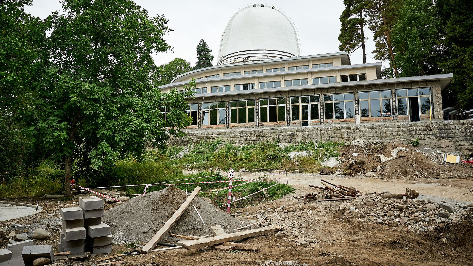 Строительство нового здания обсерватории в Абастумани - Sputnik Грузия, 1920, 12.09.2021