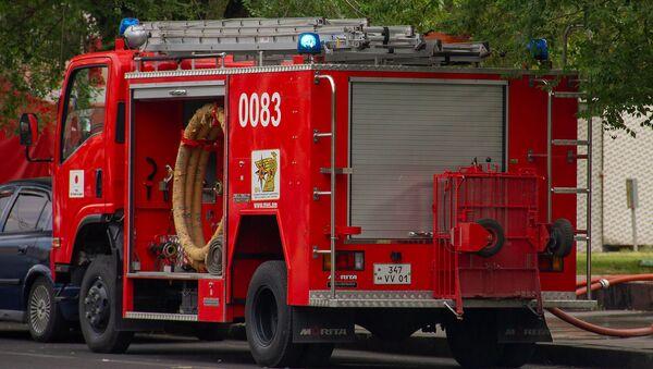 Автомобиль пожарной службы Армении - Sputnik Грузия