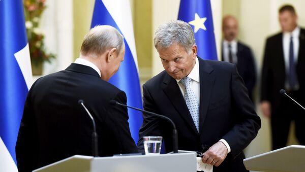 Президент России Владимир Путин и президент Финляндии Саули Ниинистё - Sputnik Грузия