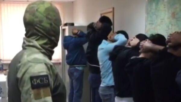 Обвиняемых в спонсировании терроризма задержали в России - видео - Sputnik Грузия