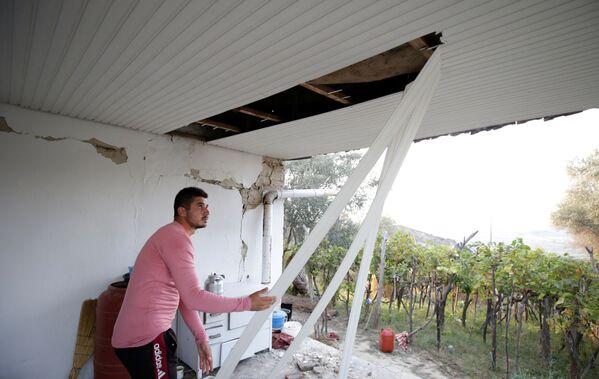 Полиция Албании приведена в полную готовность, а также открыт номер бесплатной горячей линии для оказания помощи пострадавшим - Sputnik Грузия