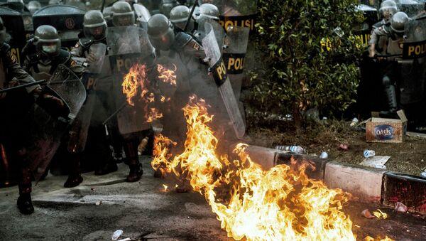 Беспорядки в Индонезии - Sputnik Грузия