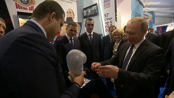 Президент России Владимир Путин рассказал о том, как ему сломали нос - видео - Sputnik Грузия