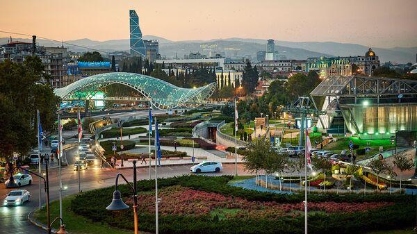Вид на вечерний Тбилиси - центр города - Sputnik Грузия
