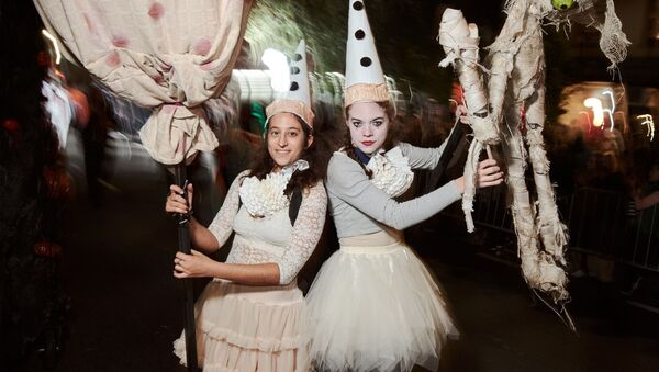 Парад по случаю Хэллоуина в Нью-Йорке - Sputnik Грузия