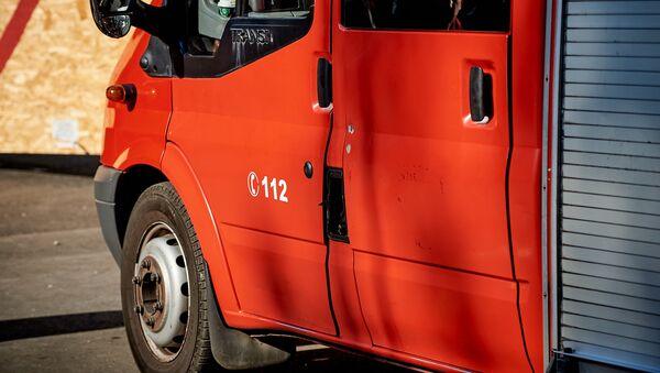 Пожарно-спасательная служба 112. Пожарные-спасатели на месте ЧП - Sputnik Грузия