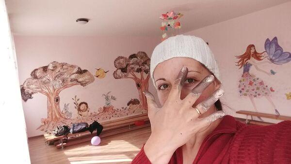 კედლის მოხატვის დროს - Sputnik საქართველო