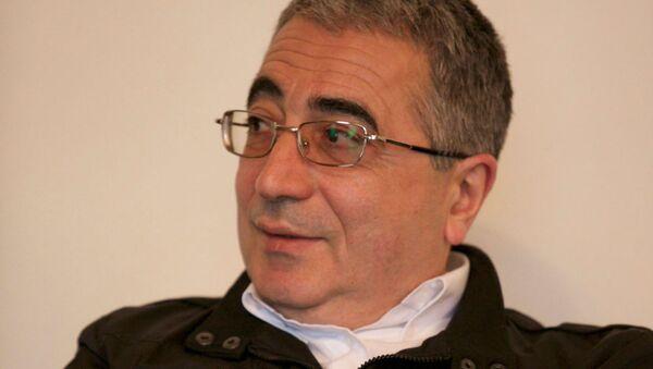 Доктор политических наук, профессор Леван Метревели - Sputnik Грузия