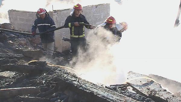 Пожарные-спасатели ликвидируют крупный пожар в Аджарии - Sputnik Грузия