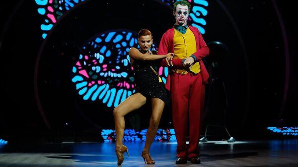Шоу Танцуют звезды на телеканале Имеди - Sputnik Грузия