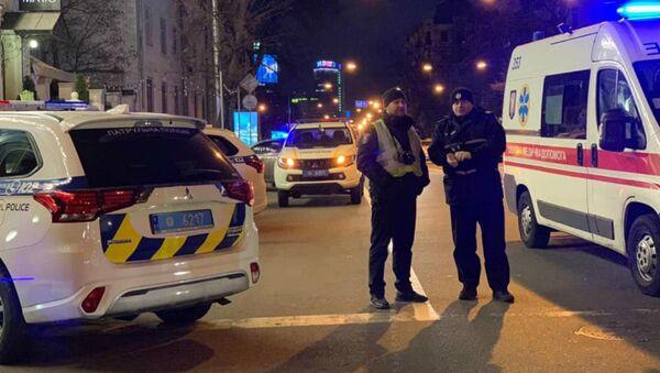 Ребенок погиб в результате обстрела автомобиля в центре Киева - Sputnik Грузия