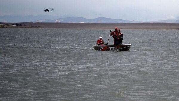 Поиски двух рыбаков, пропавших на озере Джандари - Sputnik Грузия