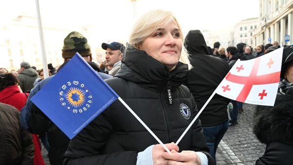 Многотысячный митинг сторонников Грузинской мечты. 14 декабря - Sputnik Грузия