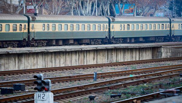 Пассажирский поезд Тбилиси - Баку - Sputnik Грузия