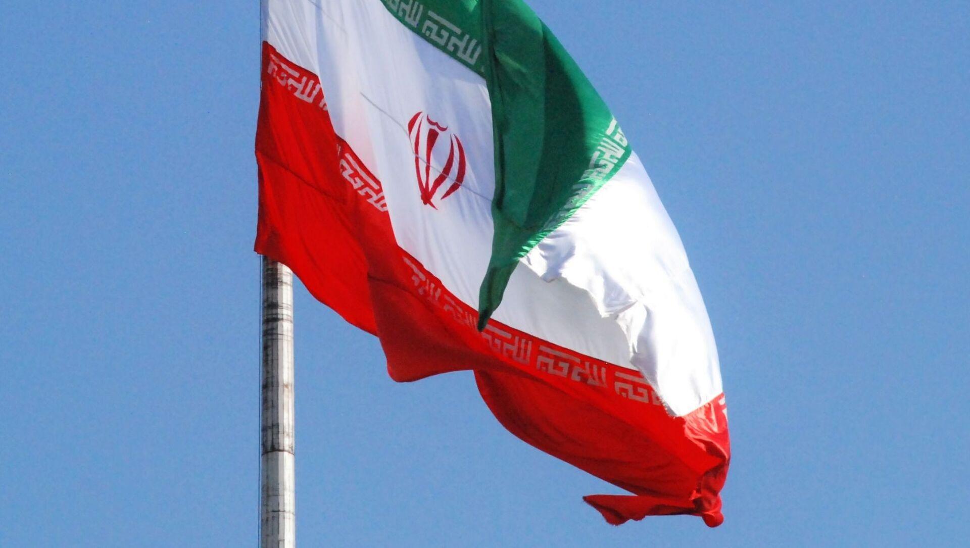 Флаг Ирана на одной из улиц Тегерана - Sputnik Грузия, 1920, 19.06.2021