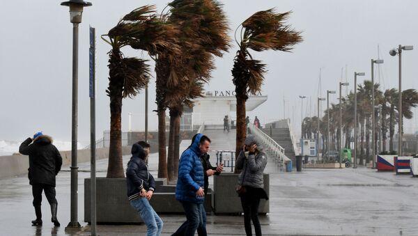 """ესპანეთის ცენტრალურ და სამხრეთ-დასავლეთ ნაწილს ქარიშხალი """"გლორია"""" დაატყდა თავს - Sputnik საქართველო"""