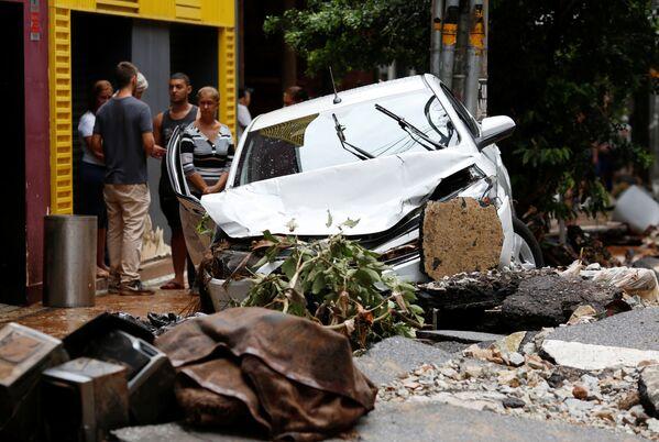 На юго-востоке Бразилии бушуют мощные дожди и наводнения - Sputnik Грузия