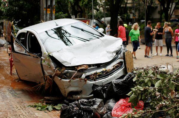 Мощные ливни и наводнения в Бразилии начались 24 января - Sputnik Грузия