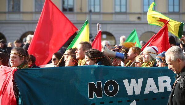 Акция протеста ПРОТИВ ВОЙНЫ в Мюнхене - Sputnik Грузия