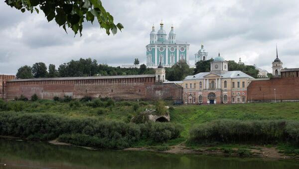 Вид на Соборную гору и крепостную стену Смоленска - Sputnik Грузия