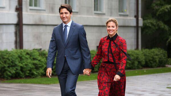 Премьер-министр Канады Джастин Трюдо с женой Софи - Sputnik Грузия