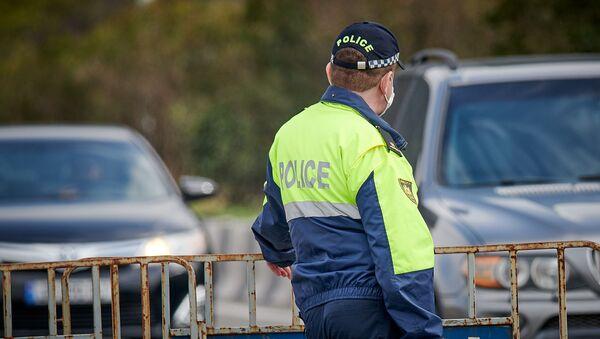 Патрульная полиция. Полицейский на посту - Sputnik Грузия