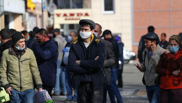 Очереди мигрантов в УФМС Калининграда - Sputnik Грузия
