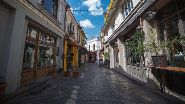 Пустая улица Шардена - нет туристов. В Грузии введен режим ЧП из-за коронавируса - Sputnik Грузия