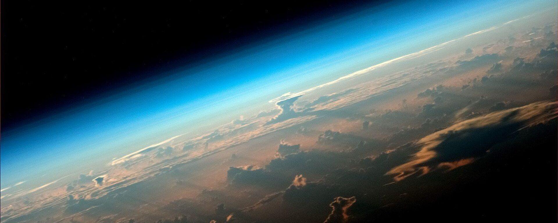 Вид на Землю с борта МКС снятый космонавтом Роскосмоса Олегом Артемьевым - Sputnik Грузия, 1920, 27.08.2021