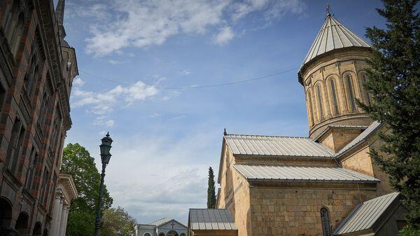Кафедральный собор Сиони. Виды города Тбилиси - Sputnik Грузия