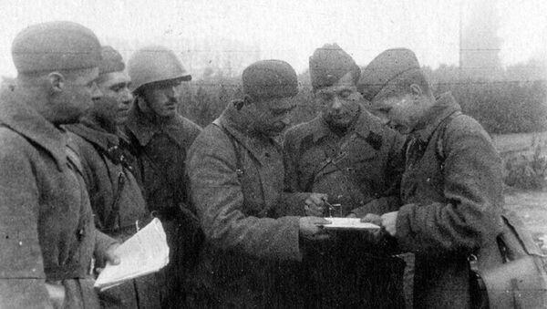 Фотографии из семейного архива Сандро Мгеладзе. Дед на Великой Отечественной войне - Sputnik Грузия