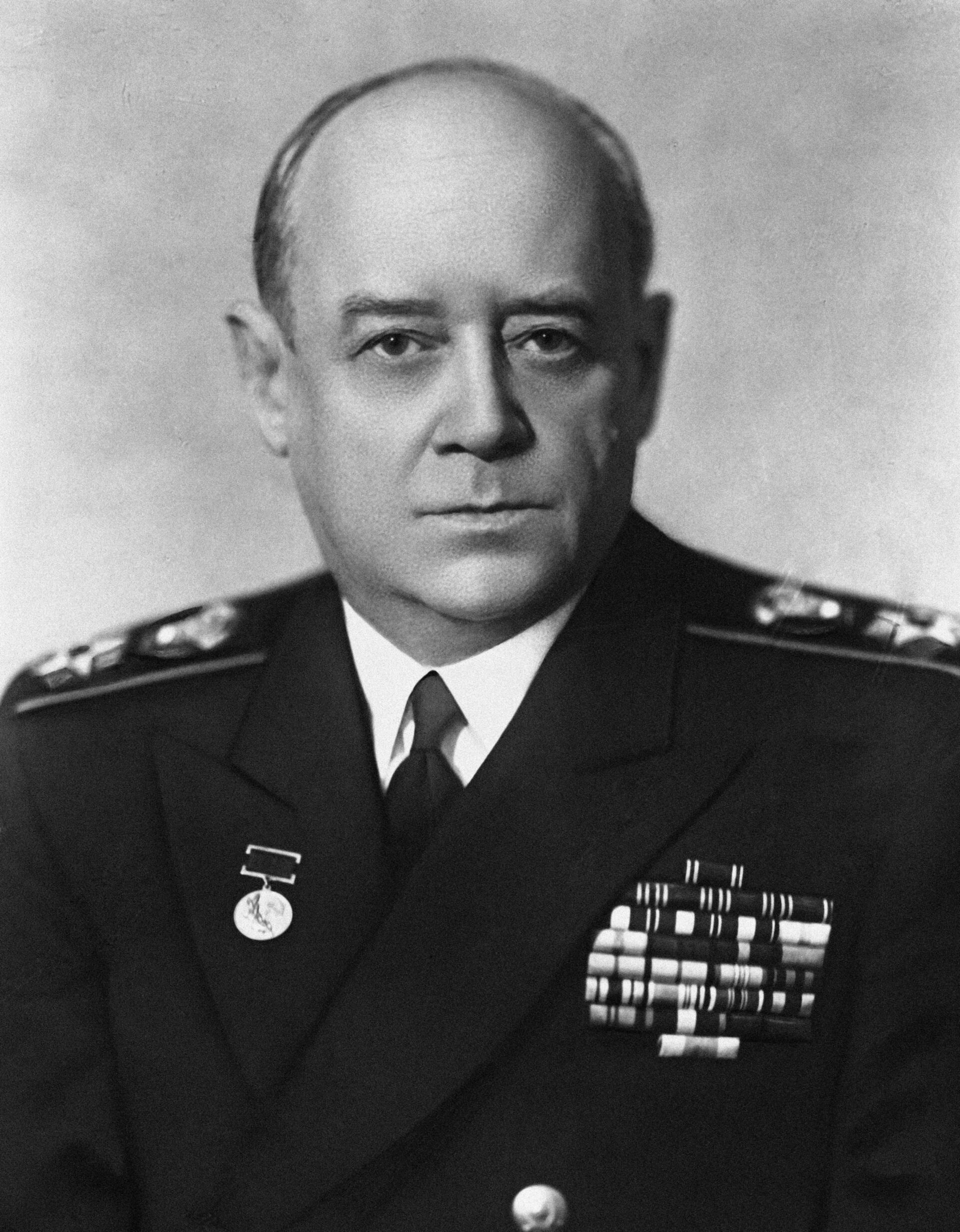 Медики в строю: как адмирала Исакова прооперировали в Тбилиси по указу Сталина - Sputnik Грузия, 1920, 07.05.2021