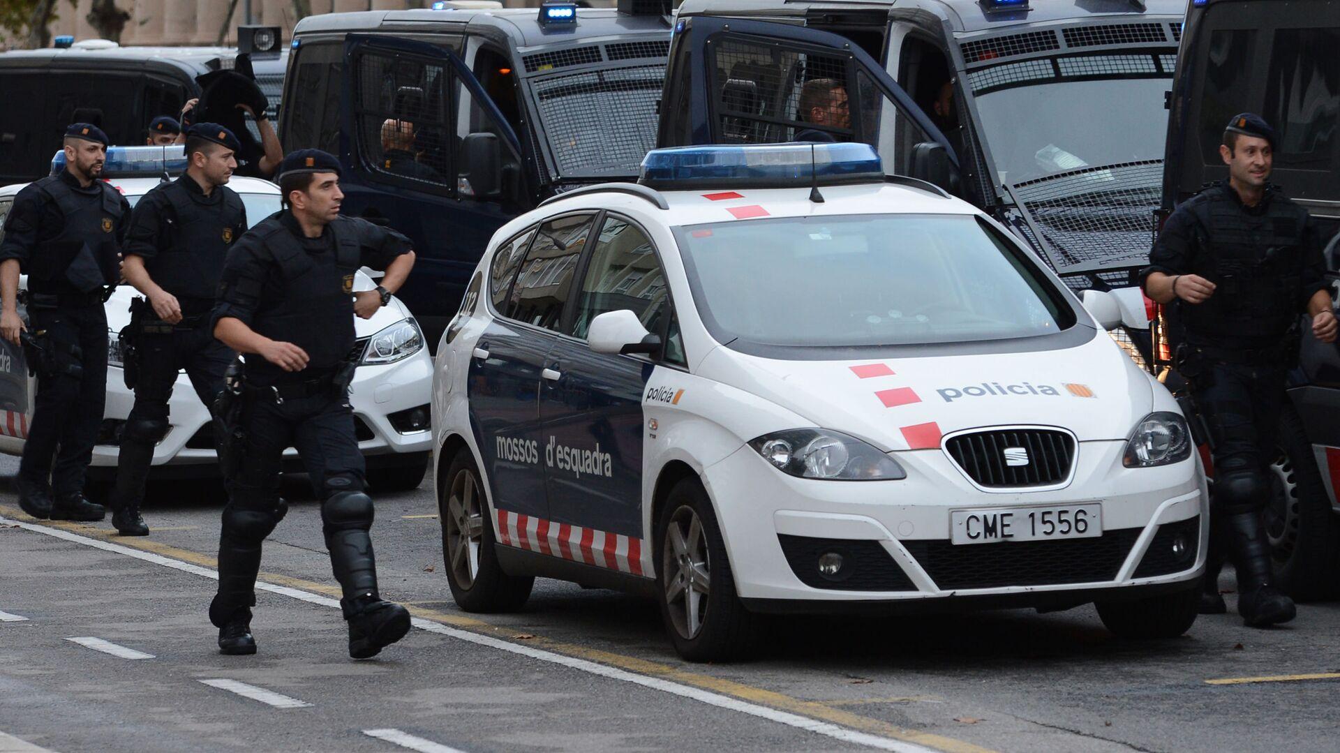 Полиция Испании - Sputnik Грузия, 1920, 02.09.2021
