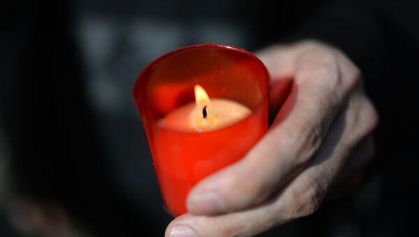 Траурные свечи - Sputnik Грузия